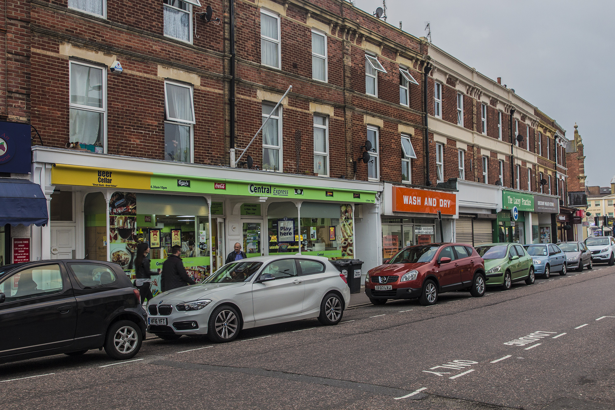 Seamoor Road shops, Westbourne